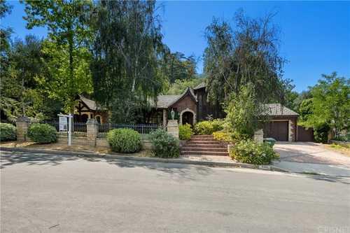 $3,399,000 - 4Br/4Ba -  for Sale in Encino