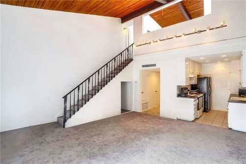 $265,000 - 1Br/2Ba -  for Sale in Encino