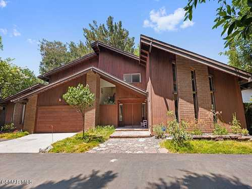$1,500,000 - 4Br/4Ba -  for Sale in Not Applicable - 1007242, Encino