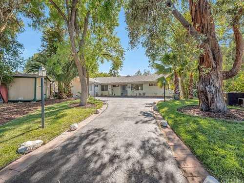 $1,195,000 - 5Br/3Ba -  for Sale in Granada Hills
