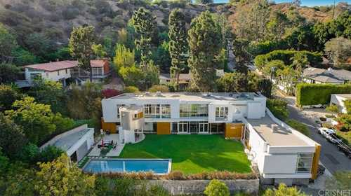 $7,750,000 - 4Br/6Ba -  for Sale in Beverly Hills