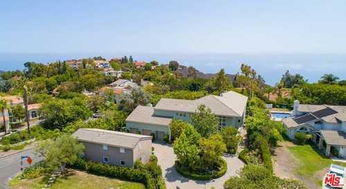 $2,650,000 - 5Br/5Ba -  for Sale in Malibu
