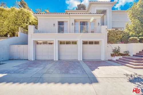 $3,695,000 - 5Br/7Ba -  for Sale in Beverly Hills