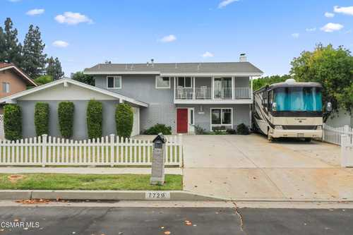 $899,000 - 4Br/3Ba -  for Sale in Other - Othr, West Hills