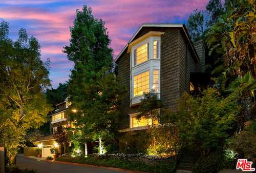 $3,895,000 - 4Br/5Ba -  for Sale in Beverly Hills