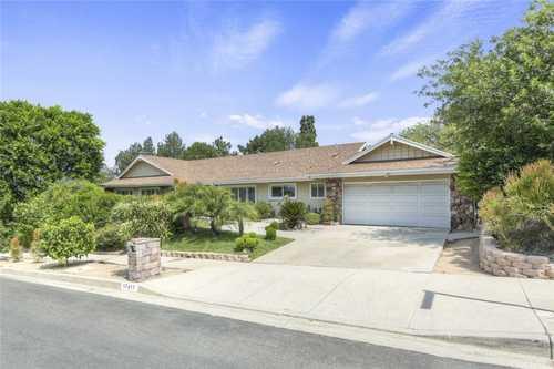 $1,295,000 - 5Br/3Ba -  for Sale in Northridge