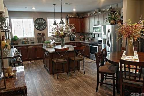 $799,000 - 4Br/4Ba -  for Sale in Chatsworth