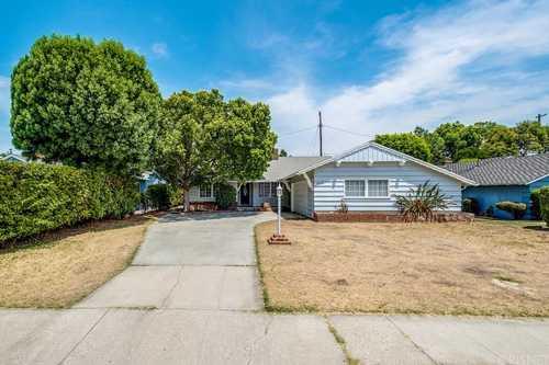 $679,000 - 3Br/3Ba -  for Sale in Northridge