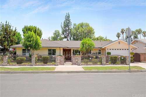 $1,475,000 - 4Br/4Ba -  for Sale in Northridge