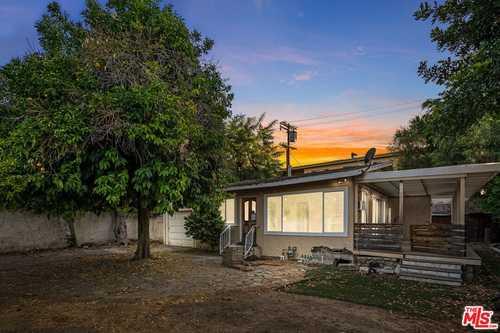 $945,000 - 2Br/1Ba -  for Sale in Sherman Oaks