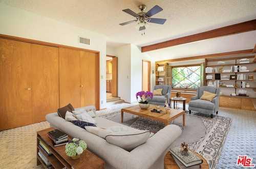 $850,000 - 4Br/2Ba -  for Sale in Granada Hills