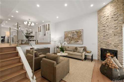 $765,000 - 2Br/3Ba -  for Sale in Sherman Oaks