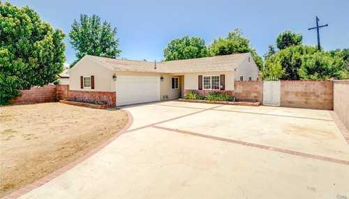 $854,300 - 3Br/2Ba -  for Sale in Northridge