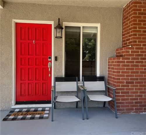 $779,000 - 3Br/2Ba -  for Sale in Canoga Park