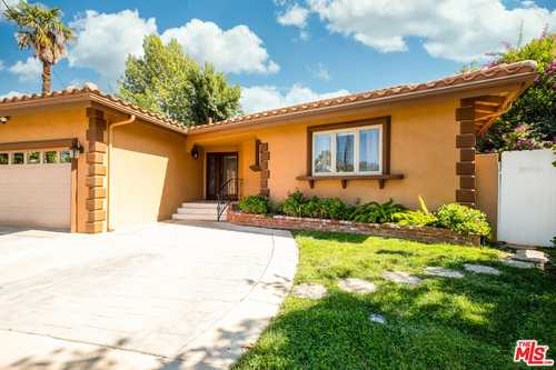 $1,095,000 - 3Br/2Ba -  for Sale in Woodland Hills