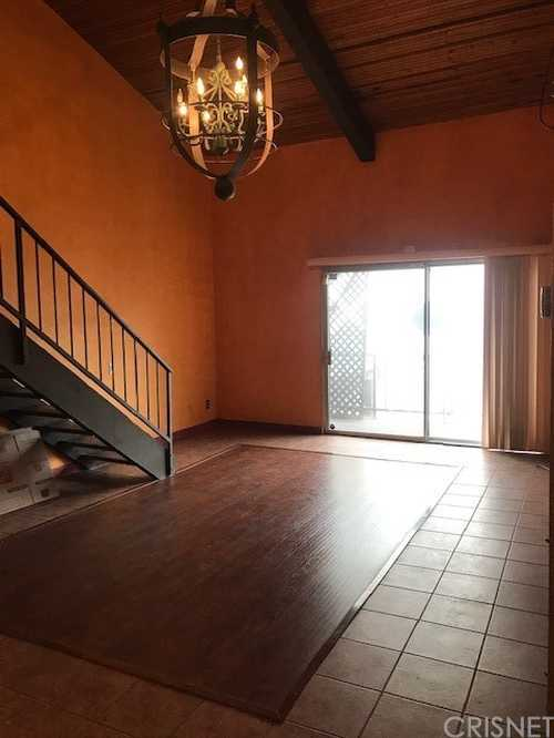 $375,000 - 2Br/2Ba -  for Sale in Encino