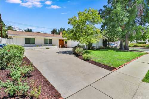 $975,000 - 4Br/2Ba -  for Sale in Woodland Hills