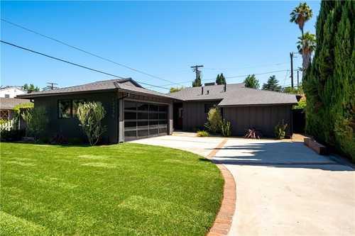 $1,550,000 - 3Br/3Ba -  for Sale in Sherman Oaks