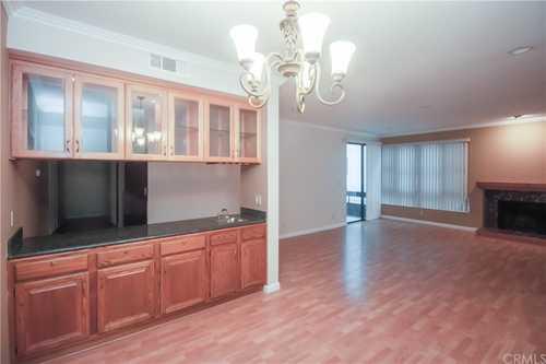 $795,500 - 2Br/3Ba -  for Sale in Sherman Oaks