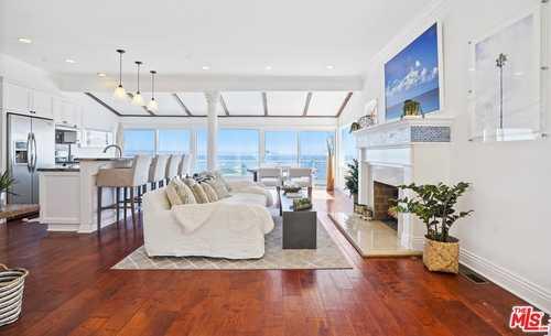 $2,695,000 - 2Br/1Ba -  for Sale in Malibu