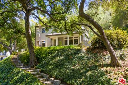 $3,495,000 - 3Br/4Ba -  for Sale in Los Angeles