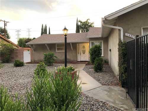 $799,900 - 4Br/2Ba -  for Sale in Granada Hills