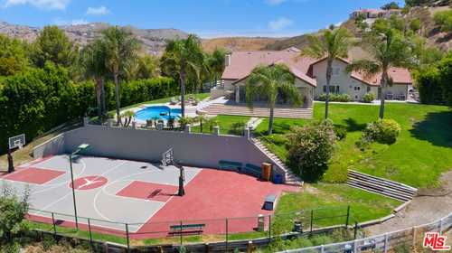 $2,850,000 - 4Br/4Ba -  for Sale in Bell Canyon