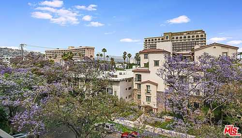 $799,000 - 1Br/2Ba -  for Sale in Beverly Hills