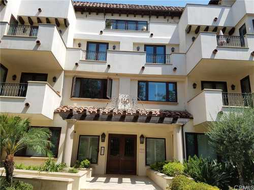$1,428,800 - 2Br/3Ba -  for Sale in Beverly Hills