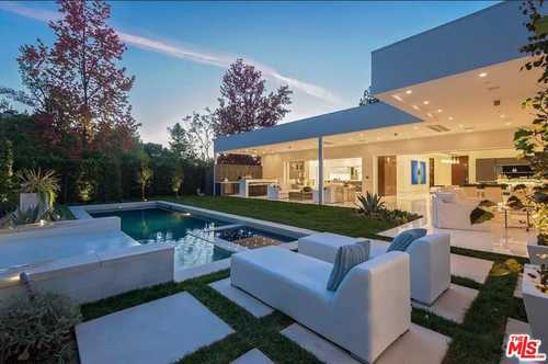 $8,350,000 - 5Br/7Ba -  for Sale in Beverly Hills