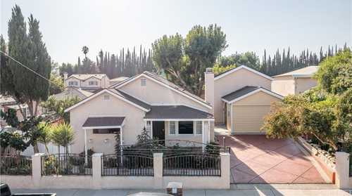 $850,000 - 3Br/2Ba -  for Sale in Canoga Park