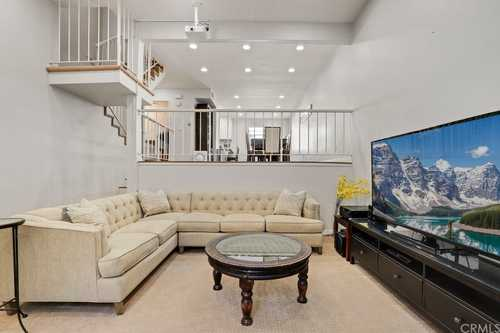 $575,000 - 3Br/3Ba -  for Sale in Chatsworth