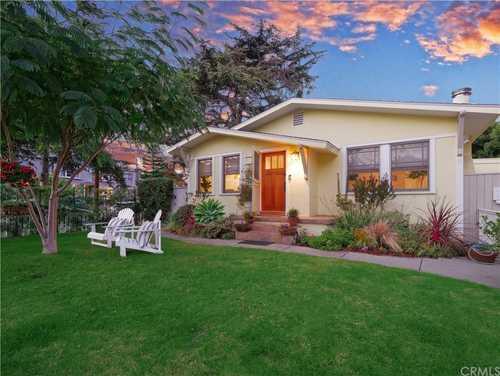 $2,500,000 - 2Br/2Ba -  for Sale in Santa Monica