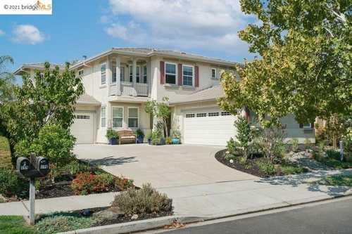 $925,000 - 5Br/3Ba -  for Sale in Deer Ridge, Brentwood