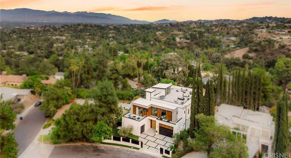 $8,249,000 - 6Br/8Ba -  for Sale in Encino