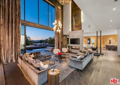 $19,250,000 - 5Br/7Ba -  for Sale in Beverly Hills