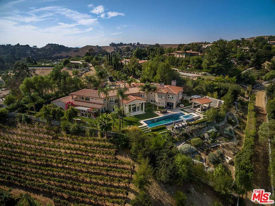 $8,995,000 - 7Br/7Ba -  for Sale in Hidden Hills