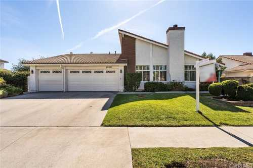 $1,100,000 - 4Br/2Ba -  for Sale in Chatsworth