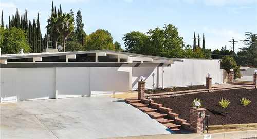 $1,499,000 - 4Br/2Ba -  for Sale in Granada Hills