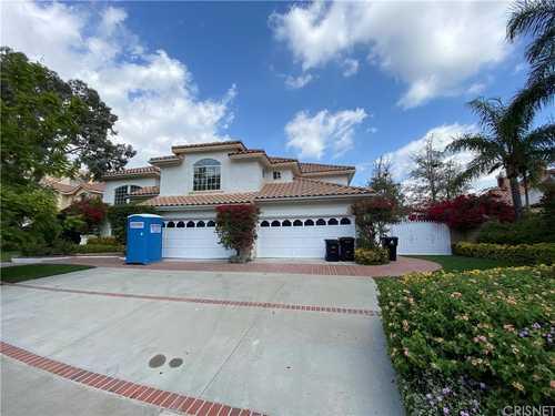 $1,749,000 - 4Br/4Ba -  for Sale in Granada Hills
