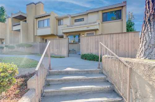$546,300 - 3Br/2Ba -  for Sale in Chatsworth