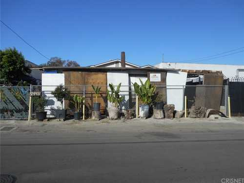 $299,000 - 2Br/1Ba -  for Sale in North Hollywood