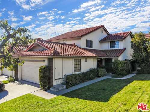 $759,000 - 4Br/3Ba -  for Sale in Porter Ranch