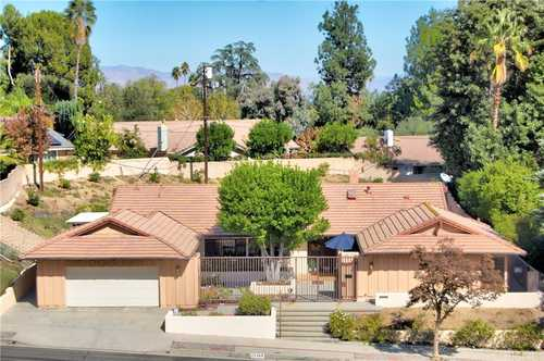 $1,199,000 - 4Br/3Ba -  for Sale in Woodland Hills