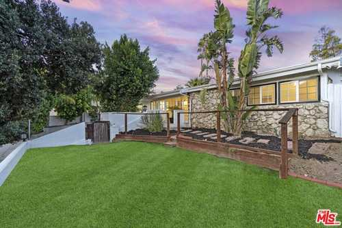 $1,200,000 - 4Br/4Ba -  for Sale in Woodland Hills