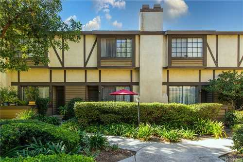 $589,000 - 2Br/3Ba -  for Sale in Chatsworth