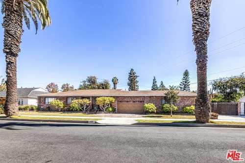 $1,295,000 - 4Br/2Ba -  for Sale in Culver City