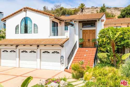 $2,999,000 - 5Br/4Ba -  for Sale in Malibu