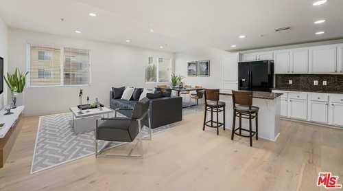 $875,000 - 2Br/2Ba -  for Sale in Playa Vista