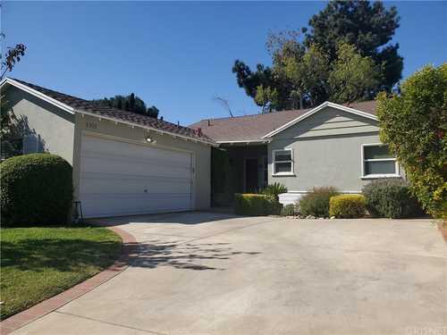 $800,000 - 3Br/2Ba -  for Sale in Northridge